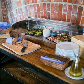 Kaszubski stół dla wszystkich gości